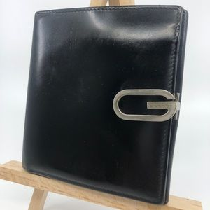 Gucci patent leather G silver buckle wallet